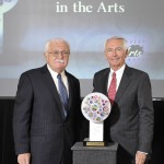 Dr. Karpf receives the Business Award from Gov. Steve Beshear on behalf of UK HealthCare.