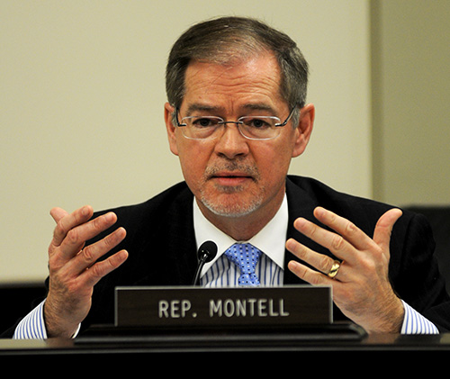 Rep. Brad Montell, R-Shelbyville, debates a pension reform bill in the House State Government Committee. (Photo courtesy of Legislative Research Commission Public Relations.)