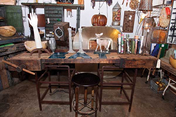 Antique and vintage shops growing in popularity for Repurposed antiques ideas