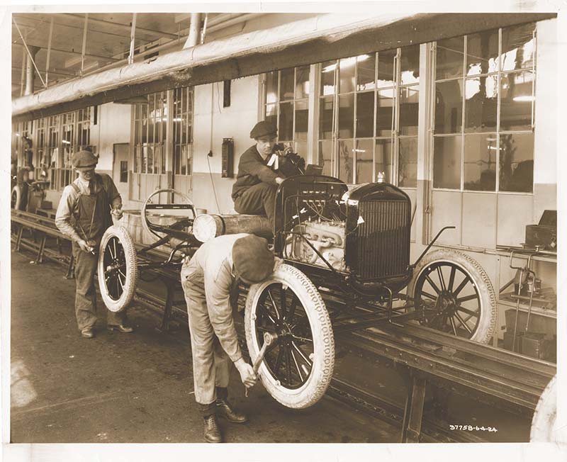 Ford Motor Company 100 Years Of Advanced Manufacturing