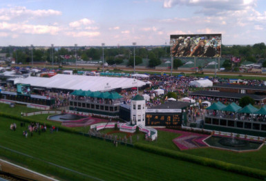 Churchill Downs adding world's largest HD video board before 2014 Oaks and Kentucky Derby