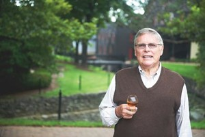As CEO of Maker's Mark for 35 years, Bill Samuels Jr. was instrumental in marketing efforts that popularized premium Kentucky bourbon across the United States and around the world.