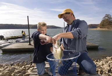 Tourism: Cumberland's back; Kentucky's big lakes help state tourism