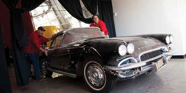 A 1962 Corvette that was damaged as a result of a sinkhole cave-in at the National Corvette Museum in 2014 is being restored to commemorate the third anniversary of the disaster.