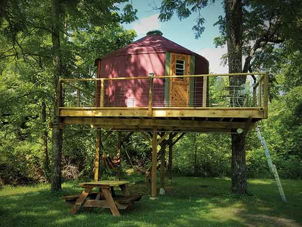 You can rent a yurt in Red Lick Valley, 20 minutes east of Berea College's campus. Enjoy hiking, arts and scenic views while you're there.