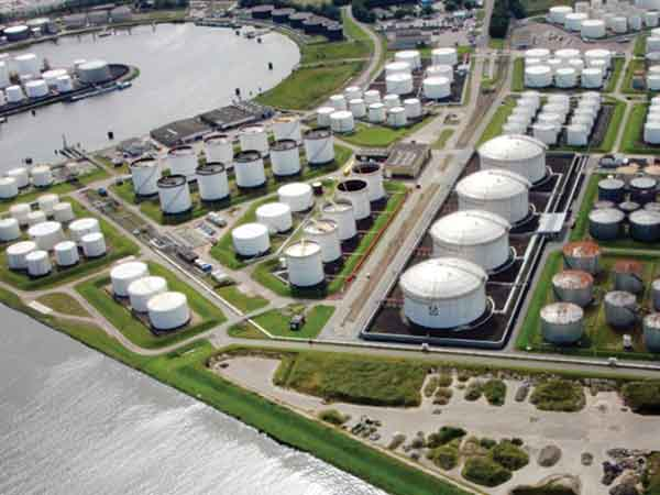 Genscape provides highly accurate storage level measurements using aerial photography.