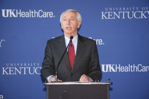 Gov. Steve Beshear announces that UK HealthCare will manage the new Eastern State Hospital in Lexington.