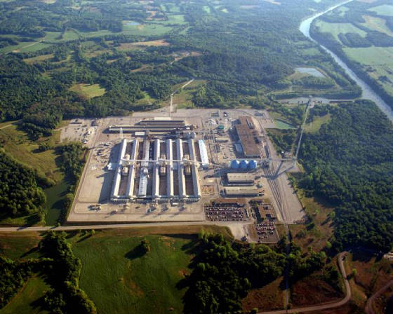 The Sebree smelter in southern Henderson County, Ky., covers 200 acres of land with 35 acres under roof.