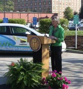 First Lady Jane Beshear makes remarks at DEP's green fleet event on Earth Day.