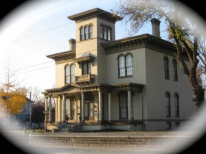The Pepin Mansion has 25 rooms.