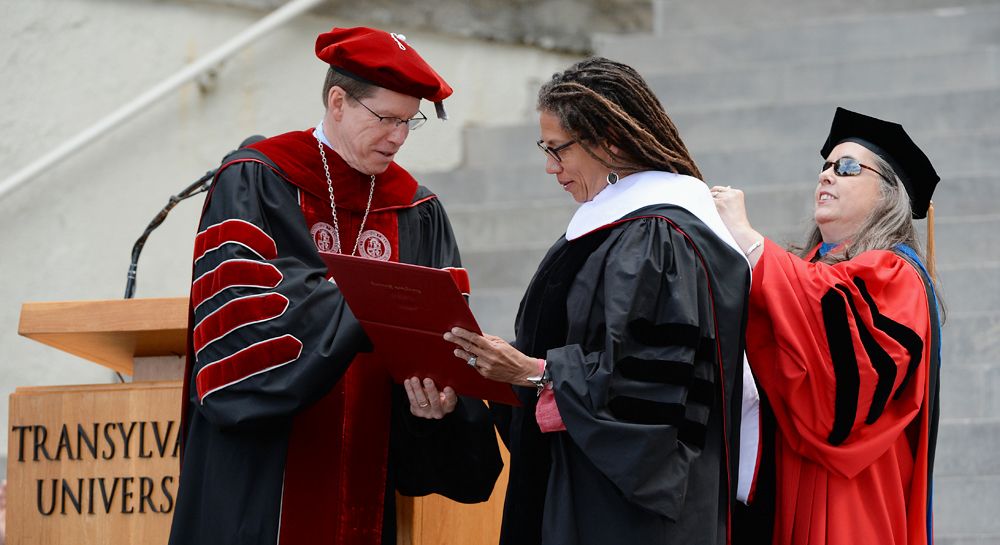 """Poet Nikky Finney received an honorary degree from Transylvania University on Saturday. She is a nationally recognized poet whose work speaks of family and politics, violence and compassion and the experiences of black America and of diverse sexualities. Her latest book, """"Head Off & Split,"""" won the 2011 National Book Award for Poetry."""
