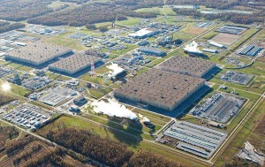 The Paducah Gaseous Diffusion Plant opened in 1952 as a government-owned, contractor-operated facility, producing enriched uranium to fuel military reactors and for use in nuclear weapons. (USEC photo)