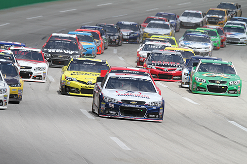 Race action during this year's Quaker State 400 at Kentucky Speedway.
