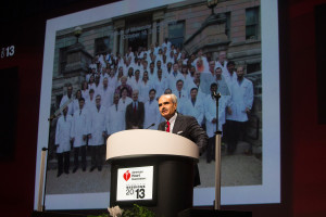 Dr. Roberto Bolli accepting the 2013 Research Achievement Award from the American Heart Association at the organization's scientific sessions, the leading cardiovascular meeting for basic, translational, clinical and population science in the United States, with more 18,000 cardiovascular experts from more than 105 countries attending the meeting. Photo by © AHA/Todd Buchanan 2013