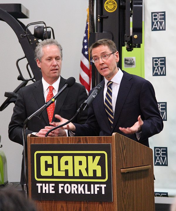 Lexington Mayor Jim Gray, right, and Louisville Mayor Greg Fischer answer questions about the Bluegrass Economic Advancement Movement.