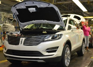 Ford Motor Co. on Monday announced the hiring of 300 new employees and a $129 million investment in Louisville Assembly Plant to support production of the all-new 2015 Lincoln MKC.