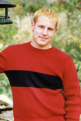 Mike Donta died of prescription drug use in 2010.