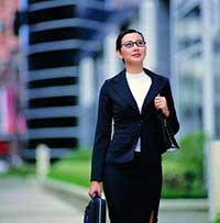 business_woman_briefcase200