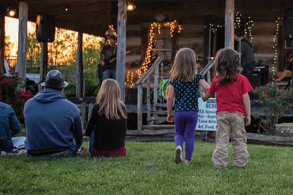 AMP Berea is a free weekly celebration of Appalachian culture in the downtown Artisan Village district of Berea 5-10 p.m. Fridays from July to September.