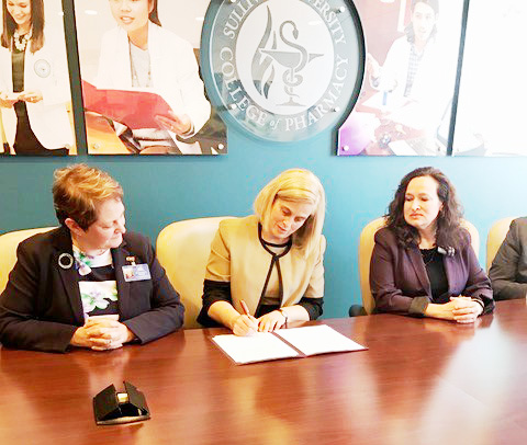 (From left) UCM Executive Director Dr. Deronda Mobelini,  Dr. Cindy Stowe,  Dean of The Sullivan University College of Pharmacy, and Dr. Jennifer Lindon, President/CEO of Hazard Community and Technical College. SUCOP has signed an agreement with the University Center of the Mountains, housed at HCTC.