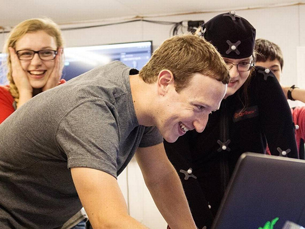Facebook founder Mark Zuckerberg traveled to Hazard on Sunday to meet with students and teachers about the innovative learning taking place in public schools across Eastern Kentucky. (Jacob Stratton)
