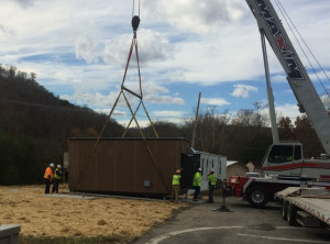 pikeville-hut-delivery-1b_crop