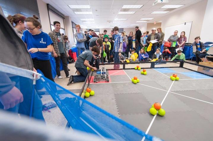 E-Day features approximately 150 demonstrations, exhibits and contests presented by UK students and departments, government organizations and industry.