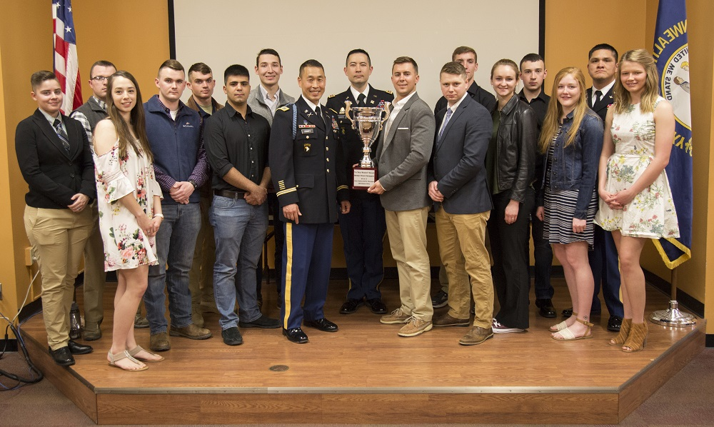 Members of the Army ROTC program at Murray State, along with Seventh Brigade Commander of the United States Army Cadet Command Col. Lance Oskey.